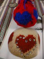 クリスマスボールを編んでみました